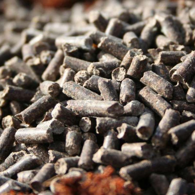 Organska zemlja v sadilni vreči in gnojila1crop